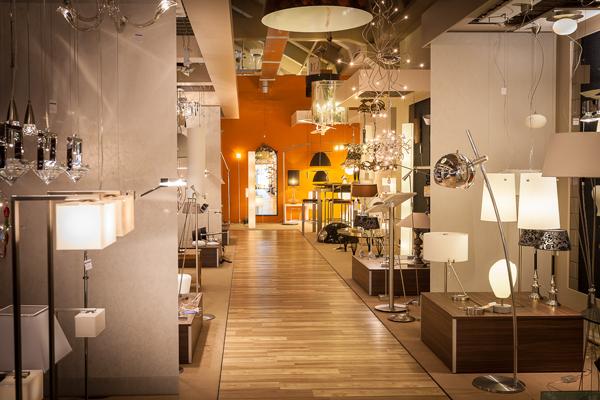 Het vanuit Rolluik op maat. > > > > > > Plafondlampen - https://www.steinhauer.nl/lampen-verlichting/plafondlampen