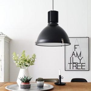 Industriele-hanglamp-scandinavische-inrichting,jpg