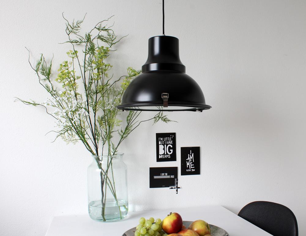 Zwarte industri le hanglamp mento industri le lampen online for Kleine industriele hanglamp
