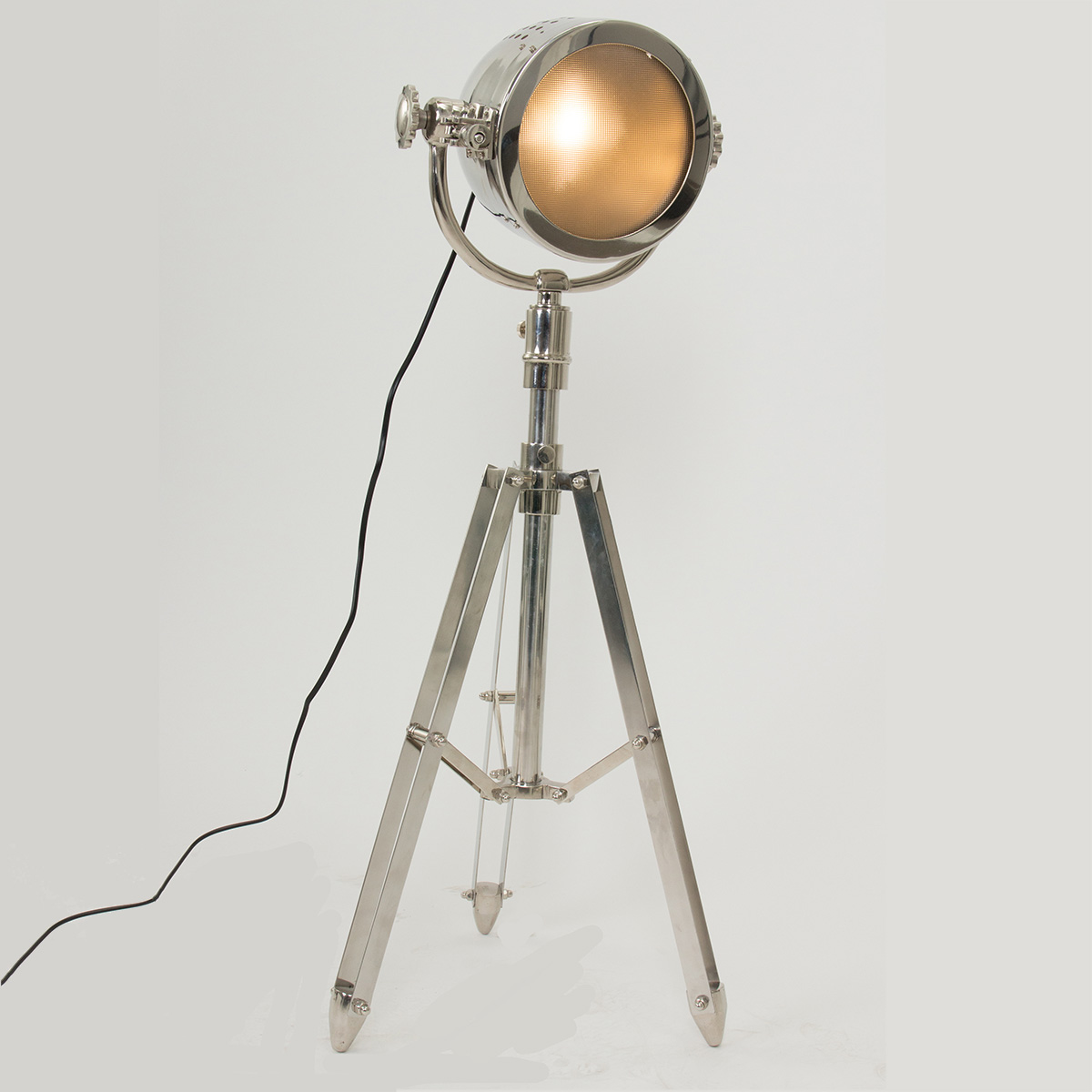 Vloerlampen industrieel beste inspiratie voor huis ontwerp for Lamp industrieel