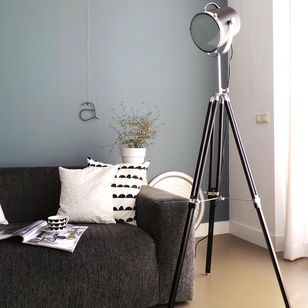 Industriele vloerlamp triangle zwart 21 cm industriele for Industriele vloerlamp