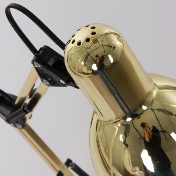 detail gouden tafellamp