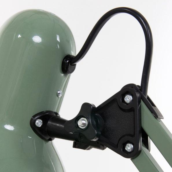 detail groene tafellamp