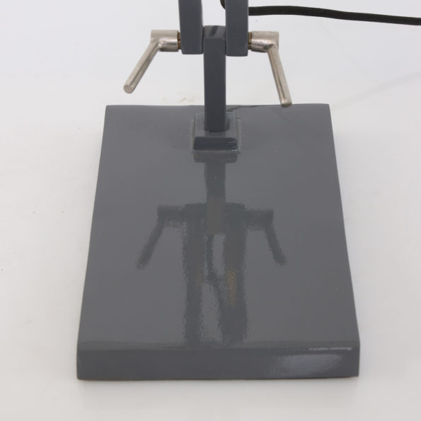 grijze voetplaat industriele grijze tafellamp