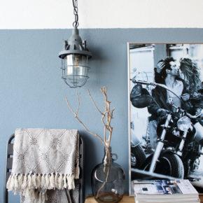 sfeerfoto-grijze-scheepslamp